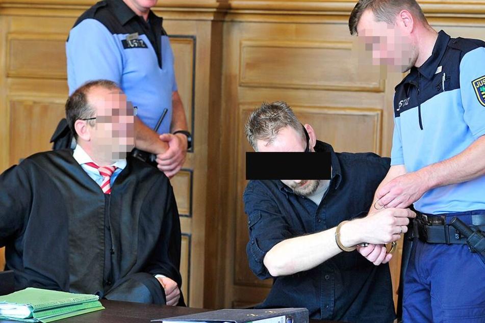 Hat er wieder gezündelt? Wenn ja, droht dem Plauener Jack J. (39) erneut eine Freiheitsstrafe.