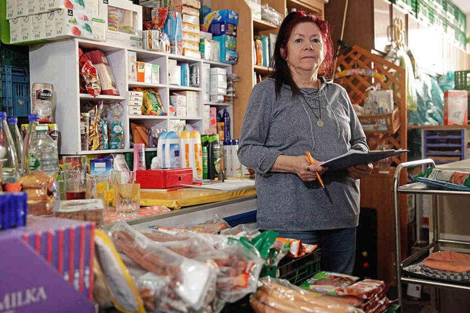 Tafel-Chefin Elvira Illing (61) kann die Schließung nicht verstehen. Sie hatte sich stattdessen mehr Unterstützung erhofft.