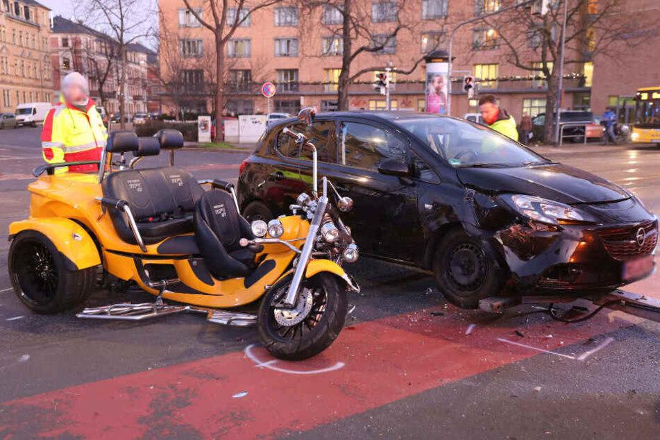 Trike und Opel hatten Blechschäden.