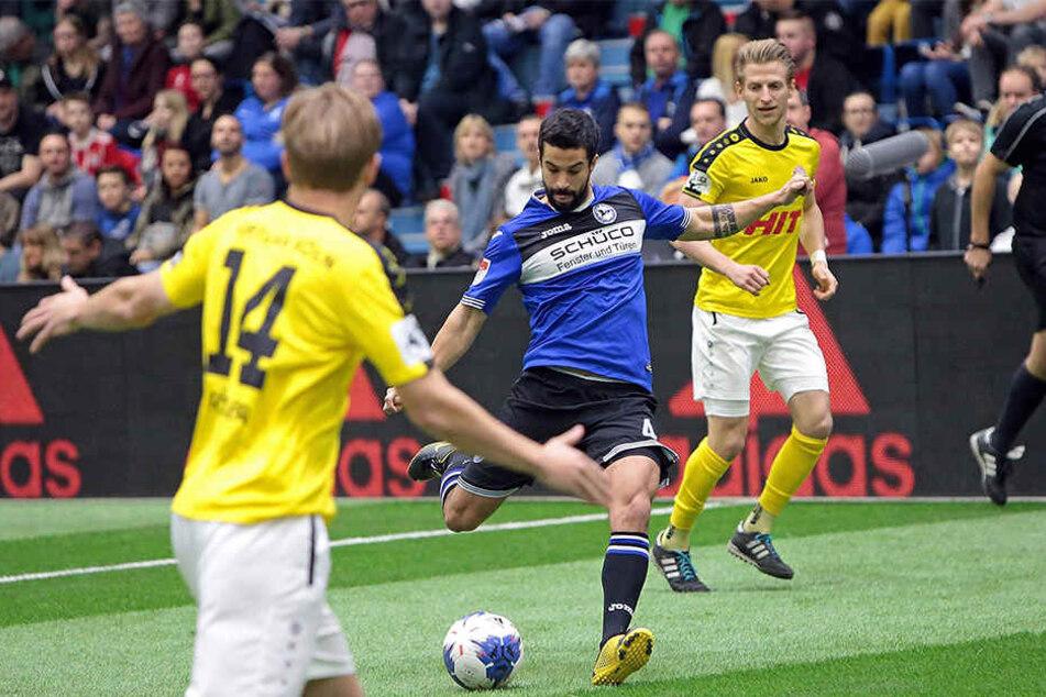 Im ersten Spiel traf der DSC auf Fortuna Köln.