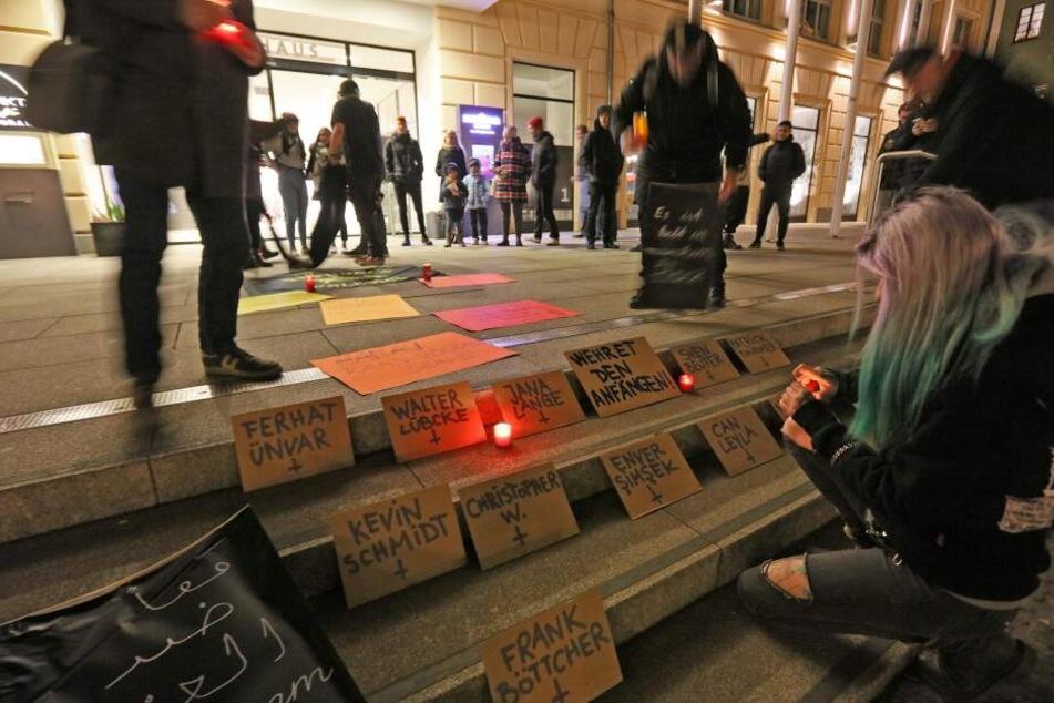 Nach Hanau-Attentat: Mahnwache vor Zwickauer Rathaus