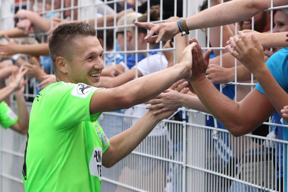 Daniel Frahn will mit den CFC-Fans den dritten Punktspielsieg in Folge bejubeln können.