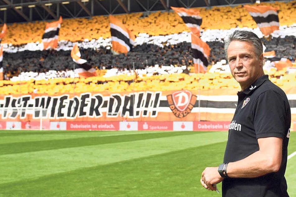 Dynamo ist wieder da - und genau dort, nämlich in der 2. Bundesliga, wollen Uwe Neuhaus und seine Mannschaft bleiben.