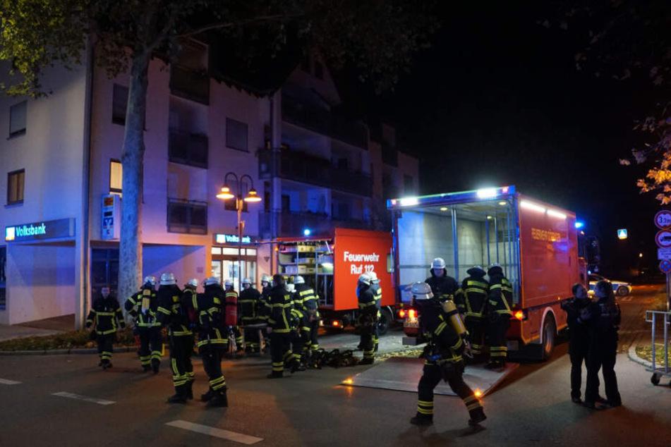 Feuerwehrleute am Einsatzort.