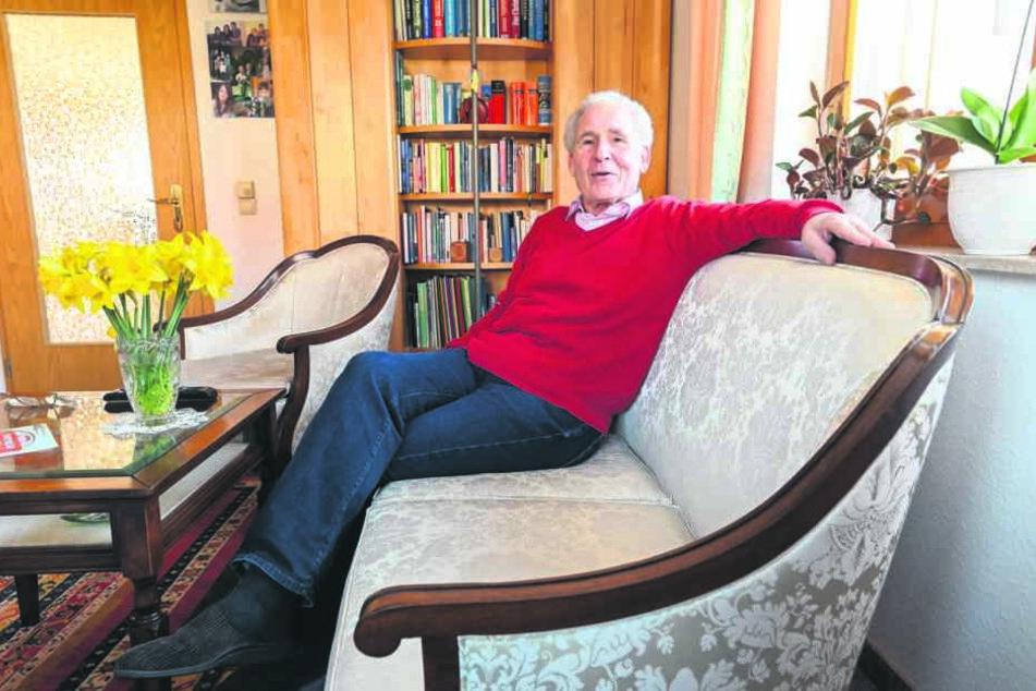 Dr. Hartmut Kirschner (79) ist Kurs-Mitinitiator und einer der Dozenten.