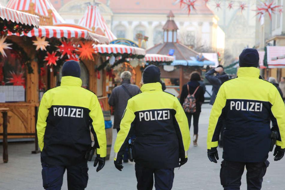 Mit mehr Polizei will das Thüringer Innenministerium die Sicherheit auf den Weihnachtsmärkten erhöhen.