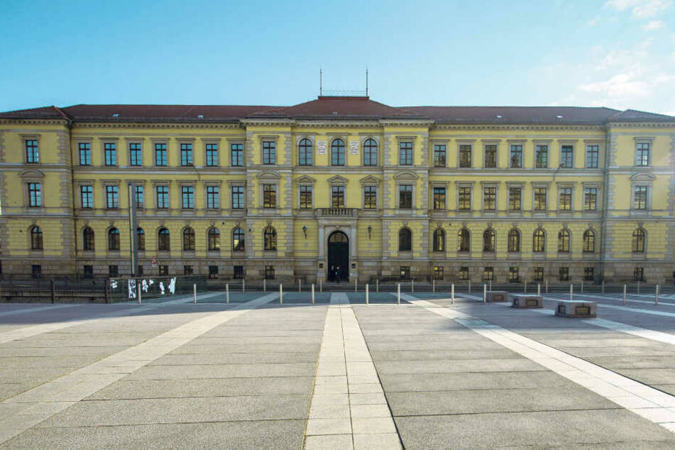 Seit Mitte Juni läuft am Leipziger Landgericht der Prozess gegen die Oberstaatsanwältin.