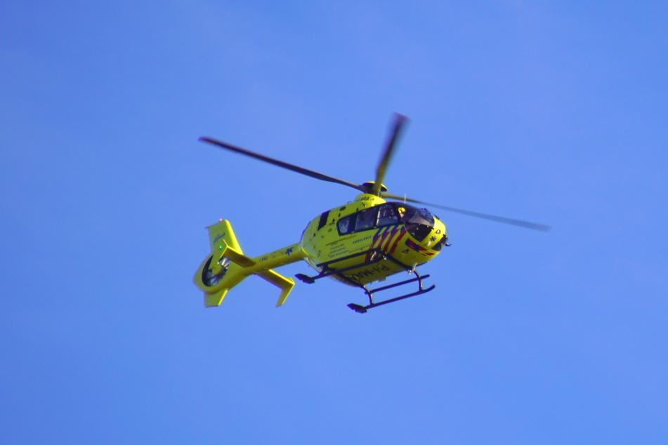 Der 72-Jährige musste mit einem Hubschrauber ins Krankenhaus verbracht werden. (Symbolbild)