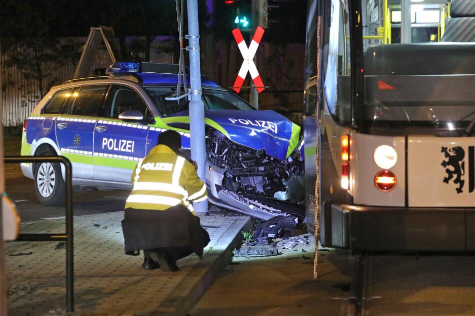 Immer öfter kracht es auch im Einsatz:204 Unfälle mit Polizeiautos
