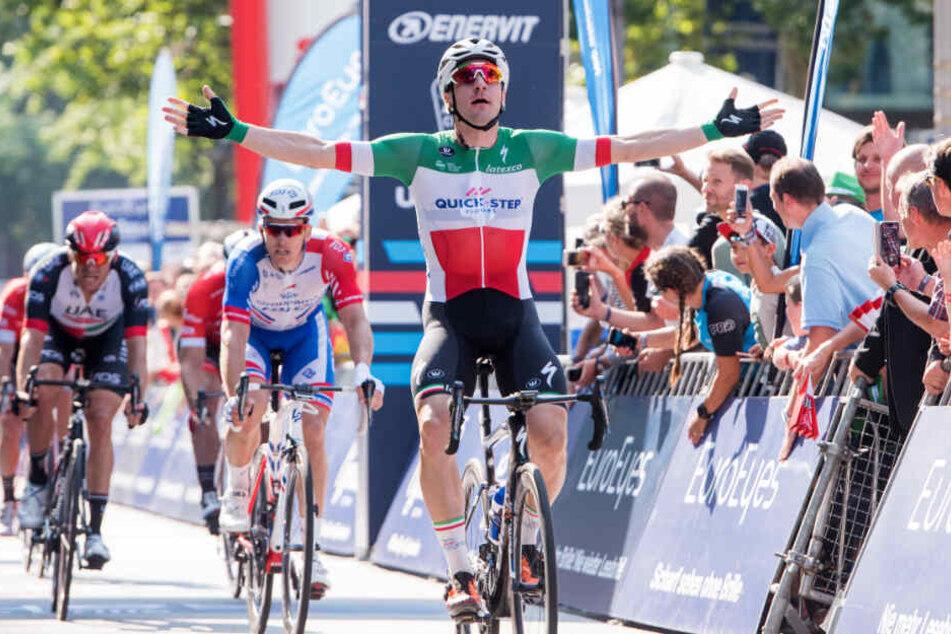 Elia Viviani siegte in den beiden vergangenen Jahren in Hamburg.