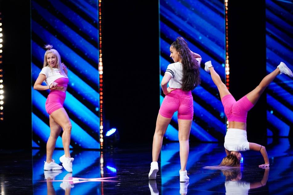 """Das Trio """"twerXoutTeam"""" will die """"Supertalent""""-Jury mit einer ungewöhnlichen Tanz-Performance überzeugen."""