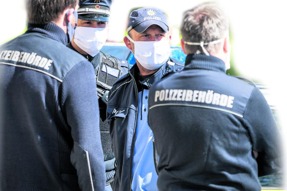 Seit Dienstag wird die Einhaltung der Maskenpflicht sanktioniert.