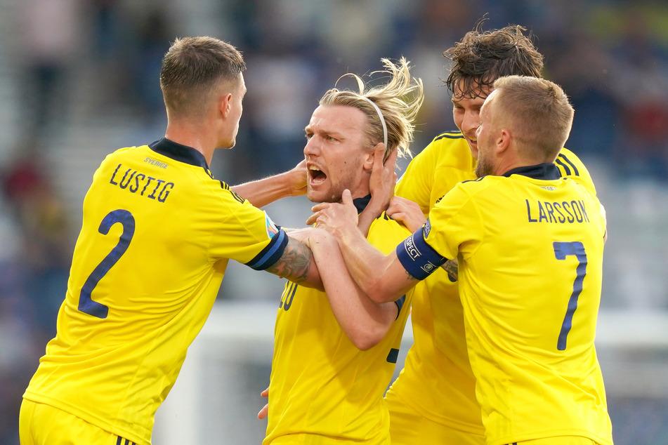 Emil Forsberg (29, 2.v.l.) war einer der Garanten für Schwedens Gruppensieg. Trotz seines vierten Turniertreffers im Achtelfinale gegen die Ukraine (1:2) flogen die Skandinavier raus.