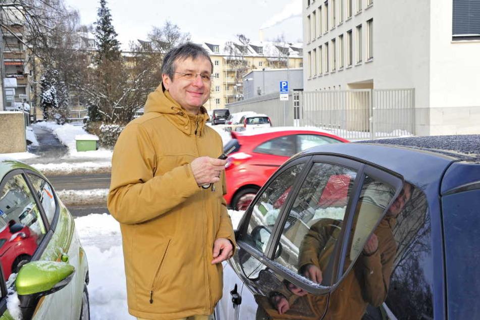 """Ingo Paleschke (55) hat Verständnis für die Pläne des Rathauses. """"In welcher  Großstadt kann man heute noch kostenfrei im Zentrum parken? Wichtig wäre dann  haber ein gutes Park&Ride System."""""""