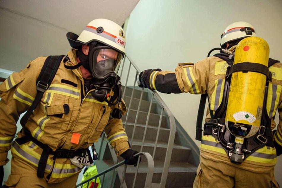 770 Stufen in voller Montur: Für die Feuerwehrmänner ein echter Kraftakt.
