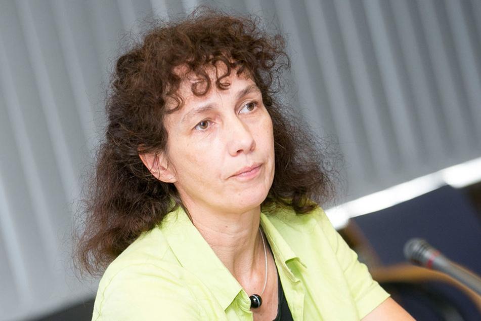 Lioba Busch (49), Chefin der Statistikstelle stellte die große Umfrage vor.
