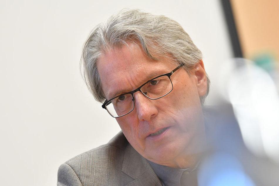Finanzsenator Matthias Kollatz-Athen kritisierte die Berliner Taxi-Betriebe scharf.