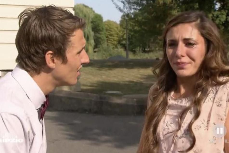Die 15-teilige erste Staffel endete mit Tränen am Traualtar. Janette (r.) konnte Rico (l.) nicht heiraten, da sie seinen Bruder Dennis liebt.