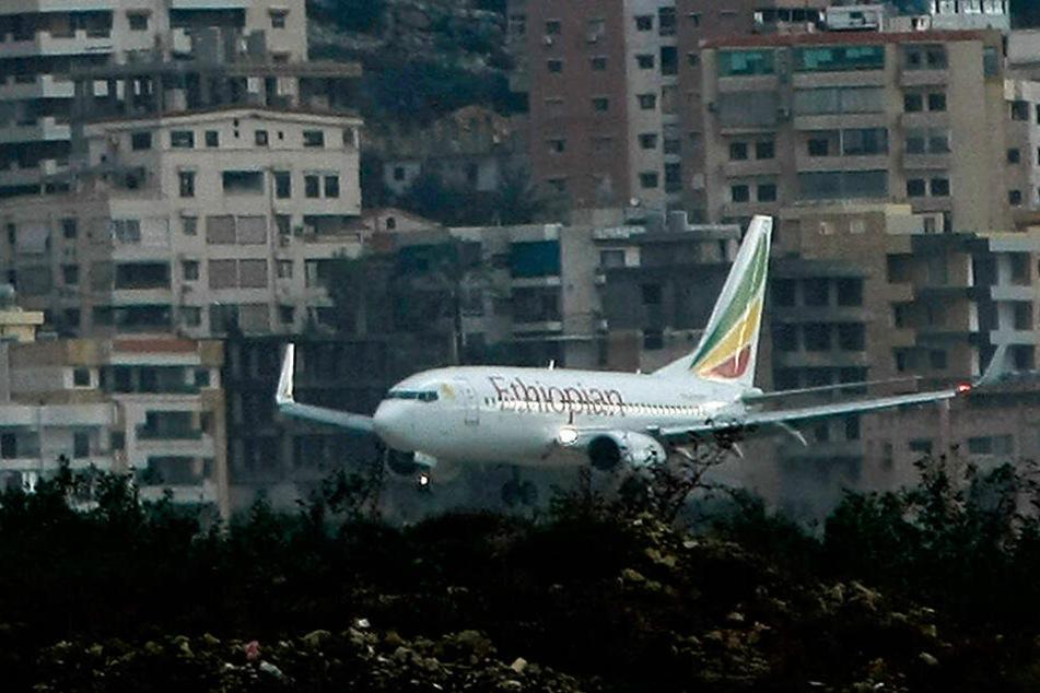 Eine Maschine der Fluggesellschaft Ethiopian Airlines ist nahe der äthiopischen Hauptstadt Addis Abeba abgestürzt.