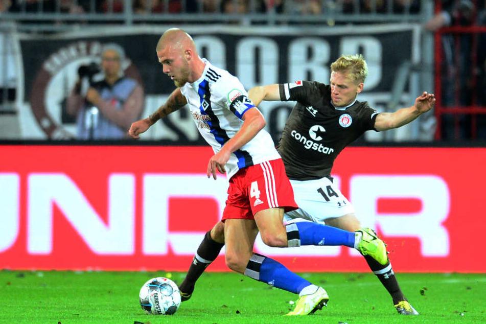 HSV und FC St. Pauli treffen am Samstag aufeinander. (Archivbild)