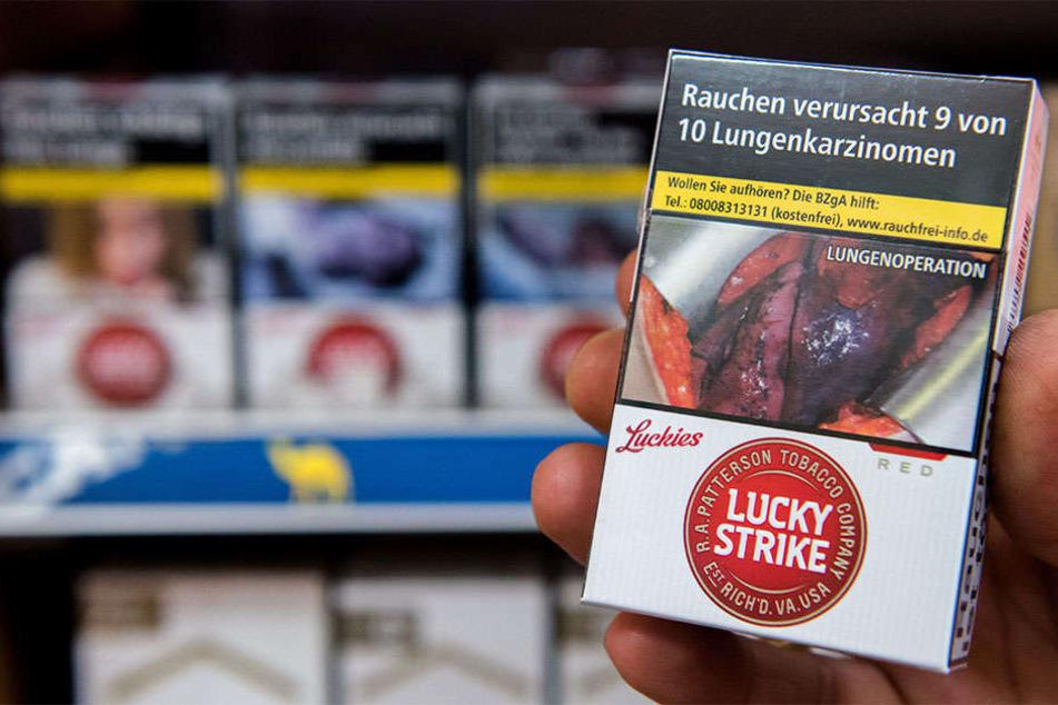 Auf den Zigarettenschachteln sind solche Schock-Fotos aufgedruckt.
