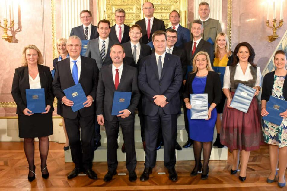 Koalition steht, Minister ernannt: Söder trommelt neues Kabinett zusammen