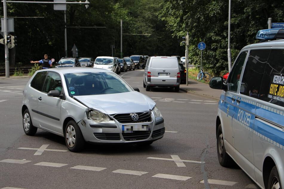 """Zuvor war der Mann laut Polizei """"wahrscheinlich"""" bei Rot über die Ampel gefahren, weshalb es zu dem Unfall kam."""