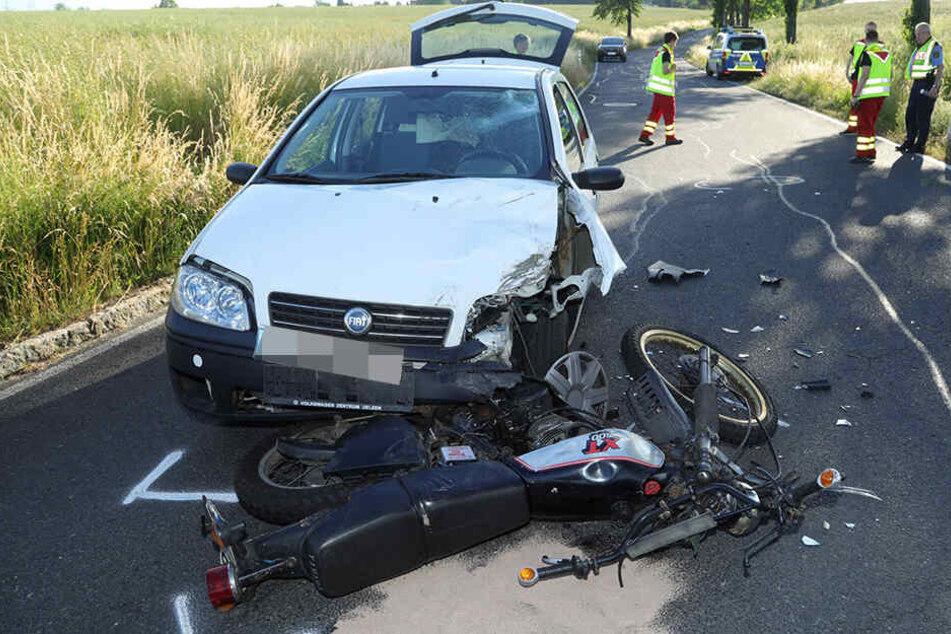 Der Biker knallte in den entgegenkommenden Fiat.