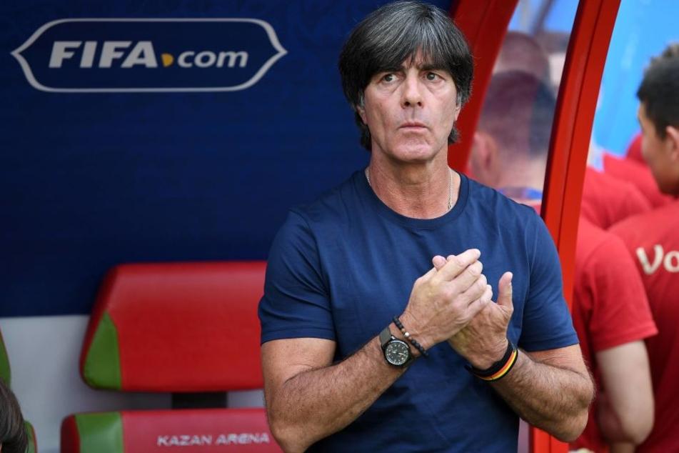 Bundestrainer Joachim Löw (58) denkt über Rücktritt nach.