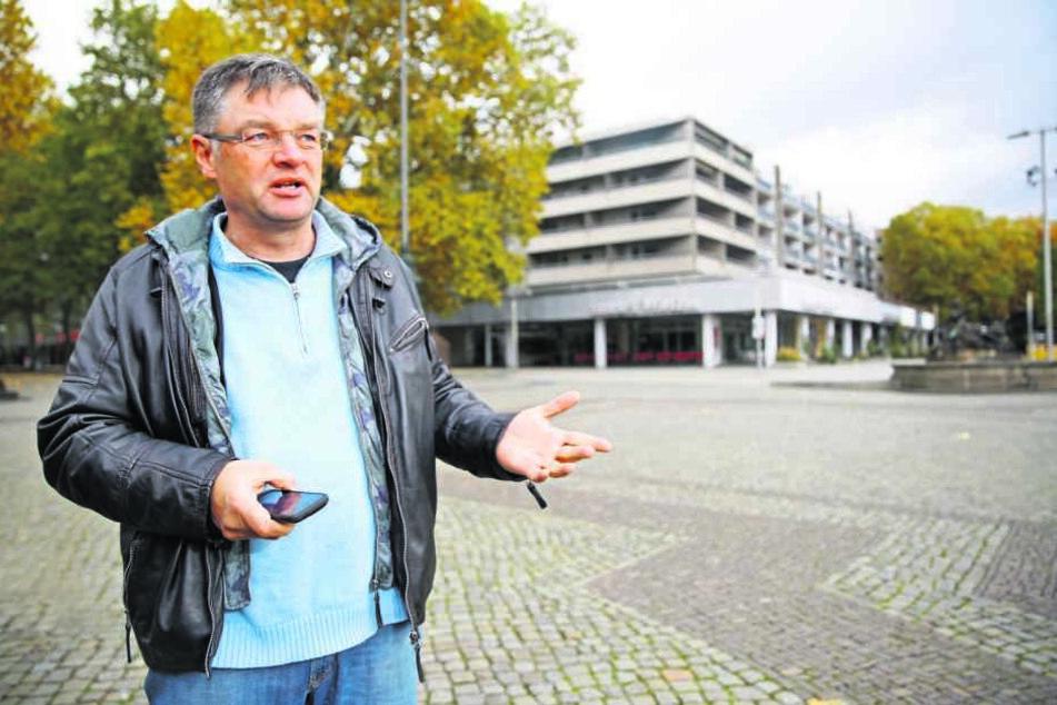 """Ärgert sich über den leichtfertig Kauf der """"Villa Wigman"""": FDP-Chef Holger  Zastrow (48)."""