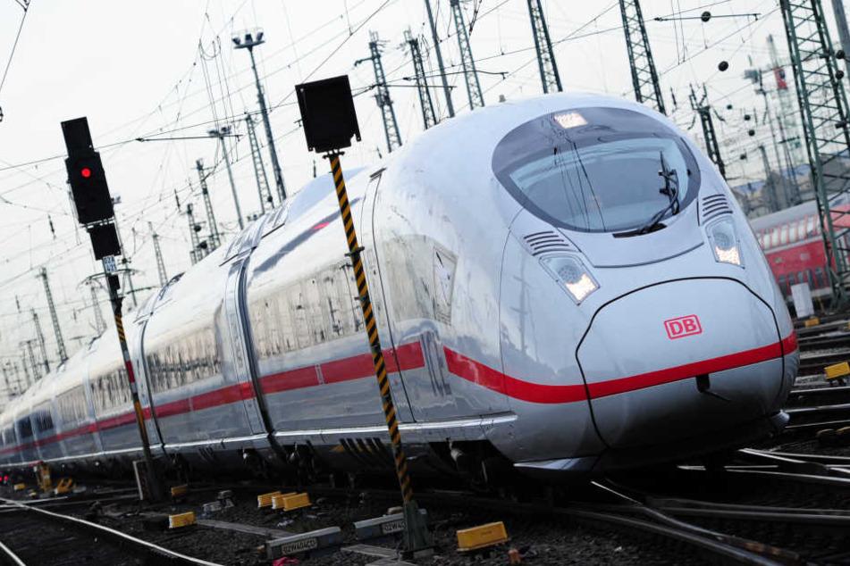 Im ICE von Frankfurt war der Schwarzfahrer unterwegs.