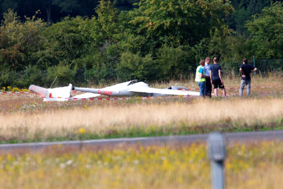 Junge Pilotin stürzt mit Segelflugzeug ab