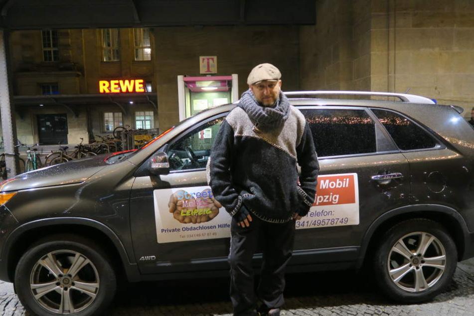 Seit einem Jahr betreiben Basti Schauer und seine Familie das Street Mobil, eine private Obdachlosenhilfe.