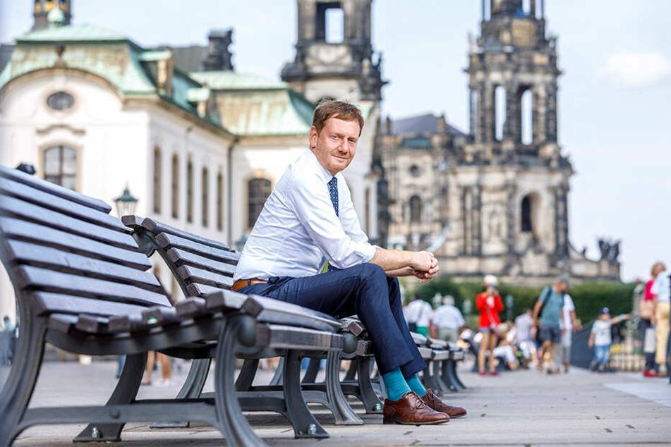 Ministerpräsident Michael Kretschmer (44, CDU) auf der Brühlschen Terrasse. Der gebürtige Görlitzer lebt heute mit seiner Familie in der Landeshauptstadt.