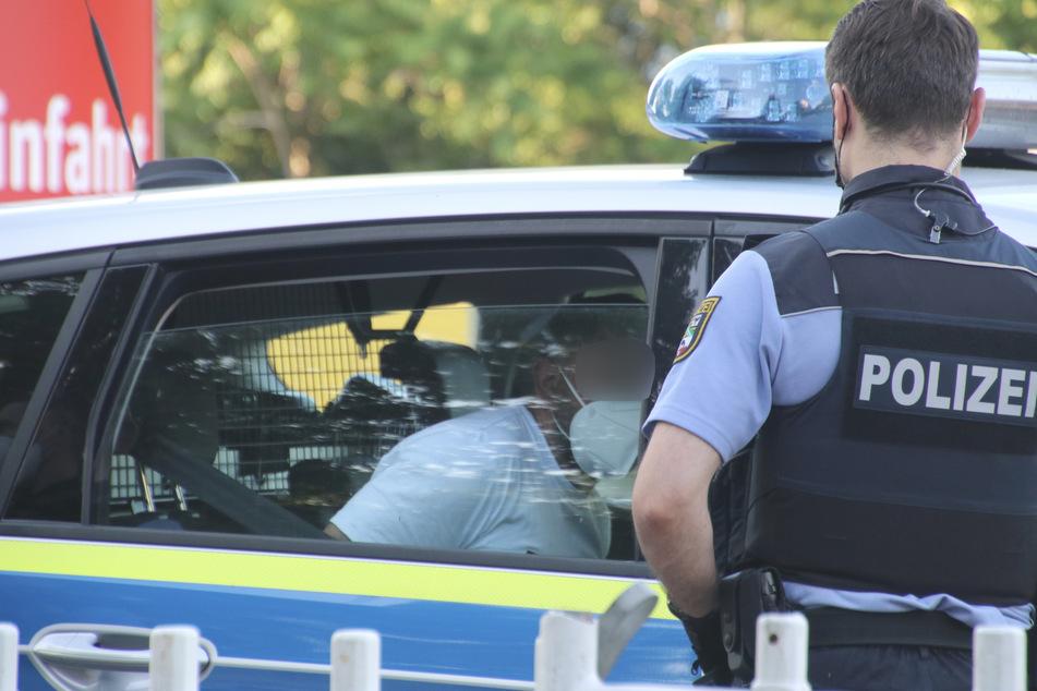 Polizeibeamte konnten den Flüchtigen noch am Sonntagabend stellen.