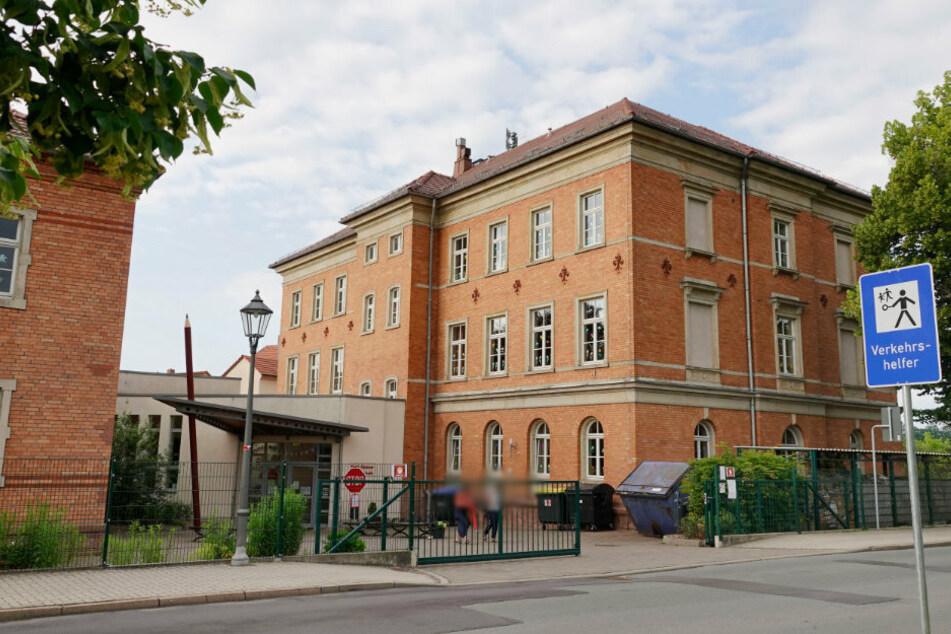 Ein Schüler der Erich-Kästner-Grundschule in Penig wurde positiv auf das Coronavirus getestet.