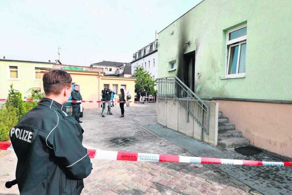 An der Moschee wurden mehrfach Spuren genommen.