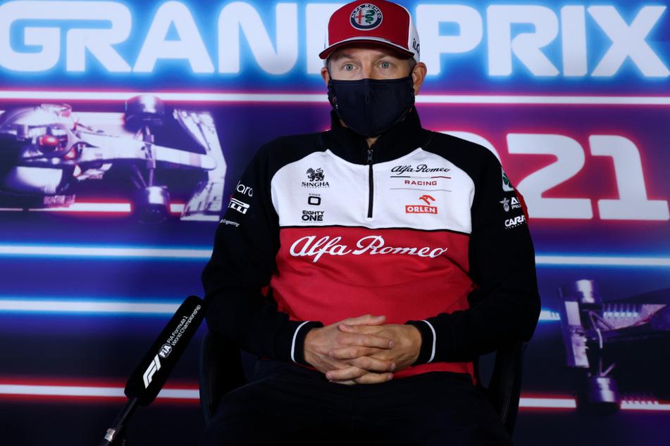 Kimi Räikkönen (41) kann in Zandvoort nicht an den Start gehen, soll aber keine Symptome haben und guter Stimmung sein.
