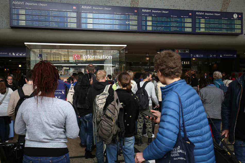 Nur wenige Züge fuhren während des Defekts am Kölner Hauptbahnhof.