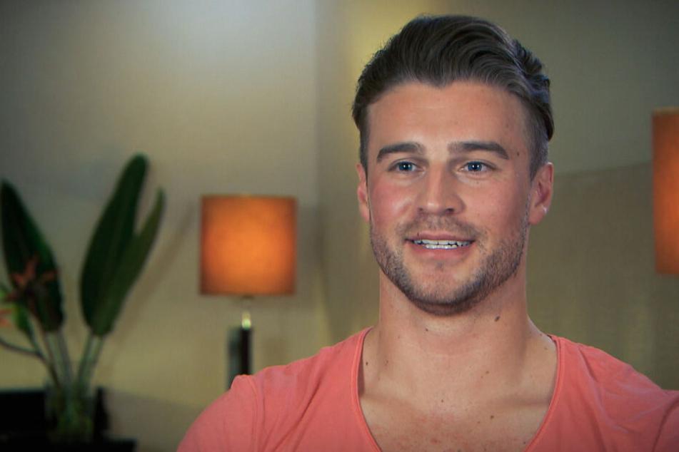 """Alexander Hindersmann ist Kandidat in der Sendung """"Die Bachelorette""""."""
