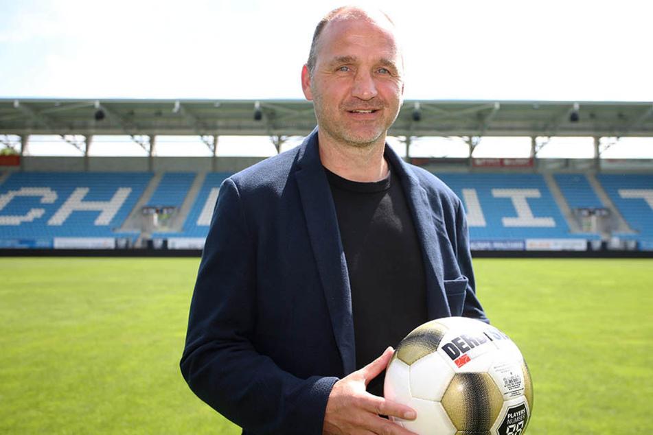 Steffen Ziffert will Chemnitz als Drittliga-Standort dauerhaft sichern, die Zweite Liga aber nicht aus den Augen verlieren.