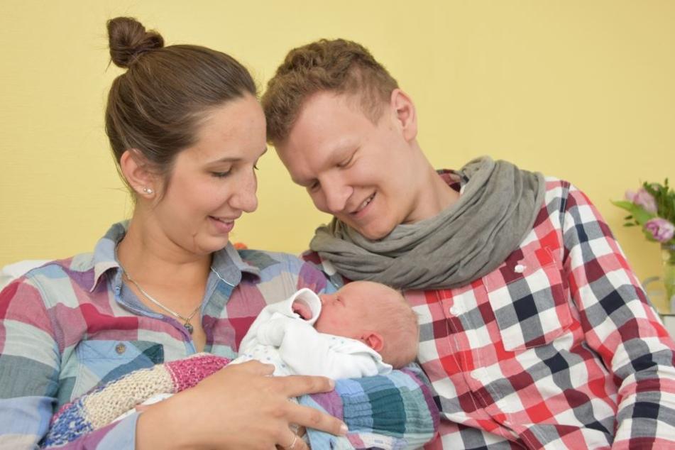 Dietlind und Matthias Grabner mit ihrer kleinen Lotta Elise.