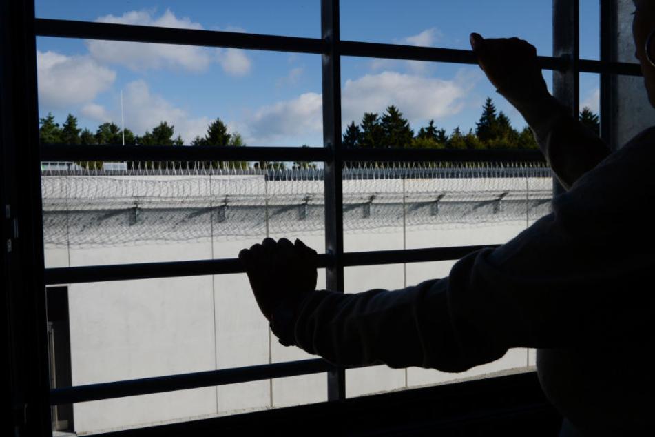 """""""Vom Gefängnistor direkt zum Abfluggate"""": CSU fordert konsequente Abschiebung"""