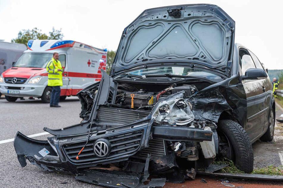 Fünf Frauen wurden in dem Polo zum Teil schwer verletzt.