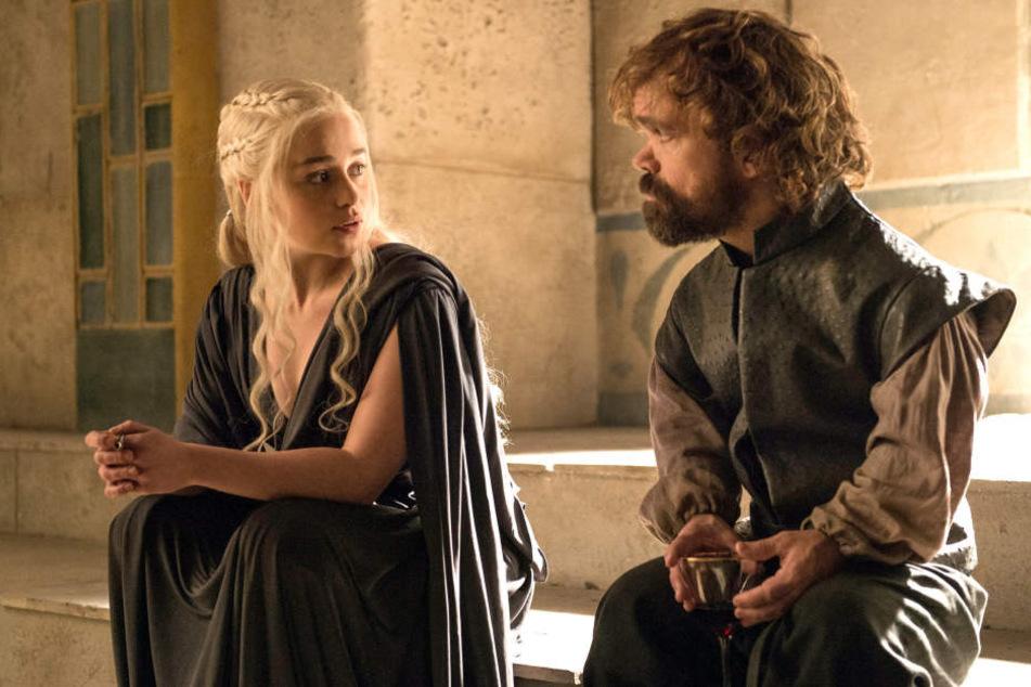 Emilia Clarke (30, Daenerys Targaryen) und Peter Dinklage (47, Tyrion Lennister) lassen sich ihre Hauptrollen gut bezahlen.