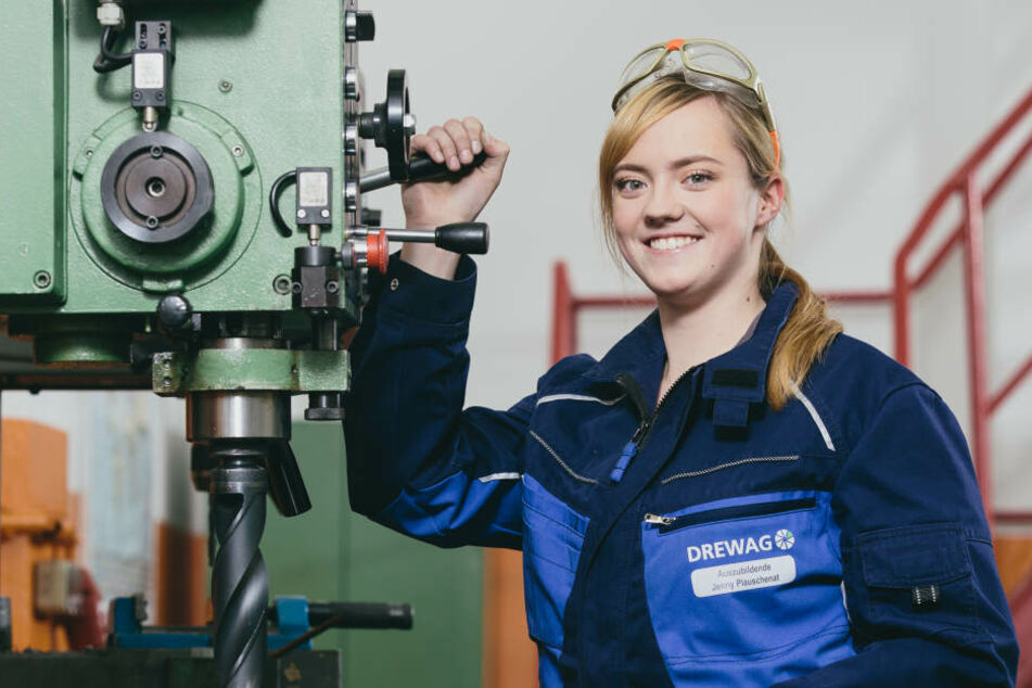 Immer mehr Mädels bewerben sich auch für einen technischen Beruf.