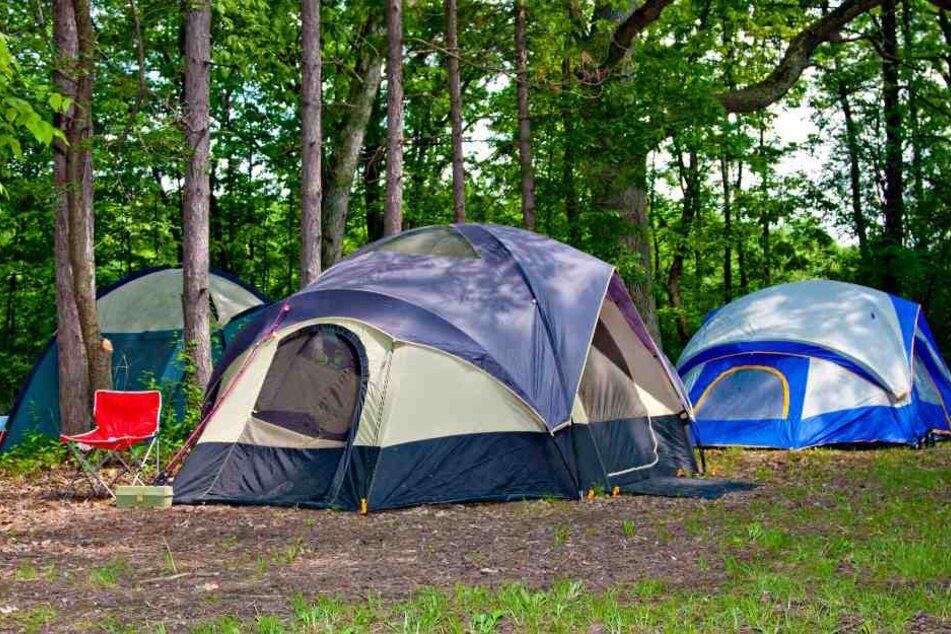 Die Campingplätze profitieren vom guten Wetter. (Symbolbild)
