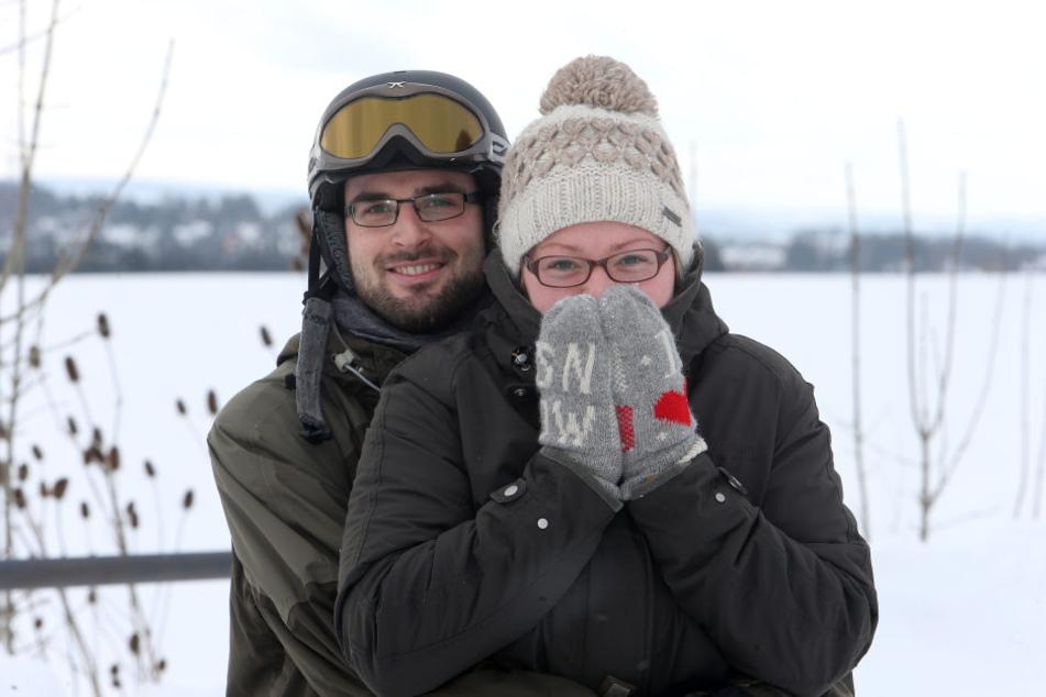 Holm (27) und Anja (28) sind auf die Kältewelle vorbereitet.