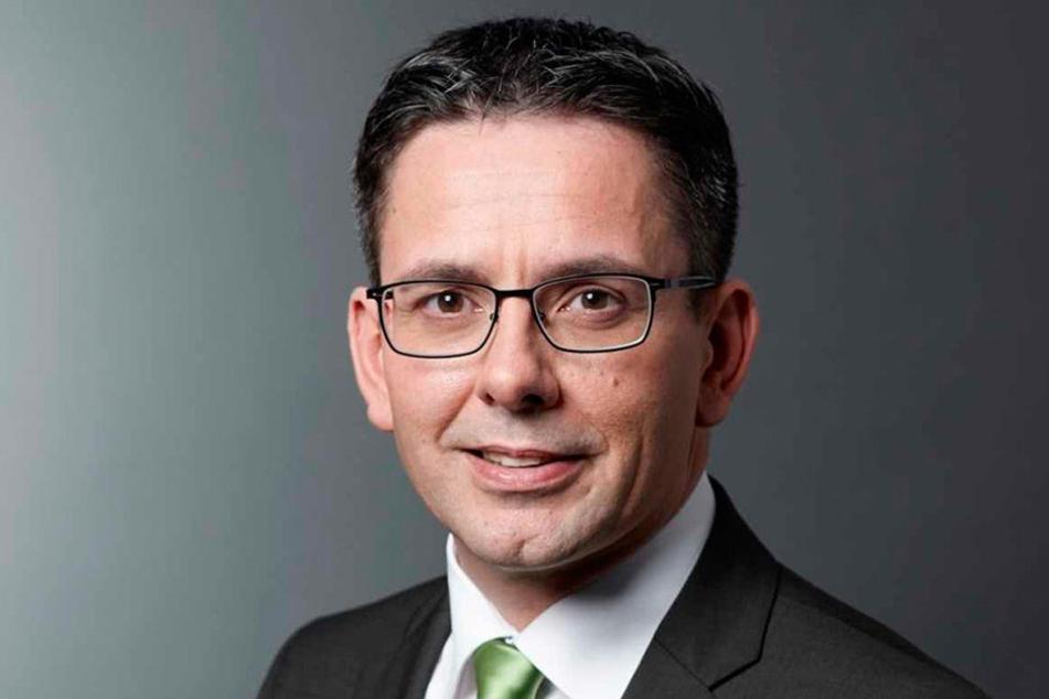 Sören Voigt (47).