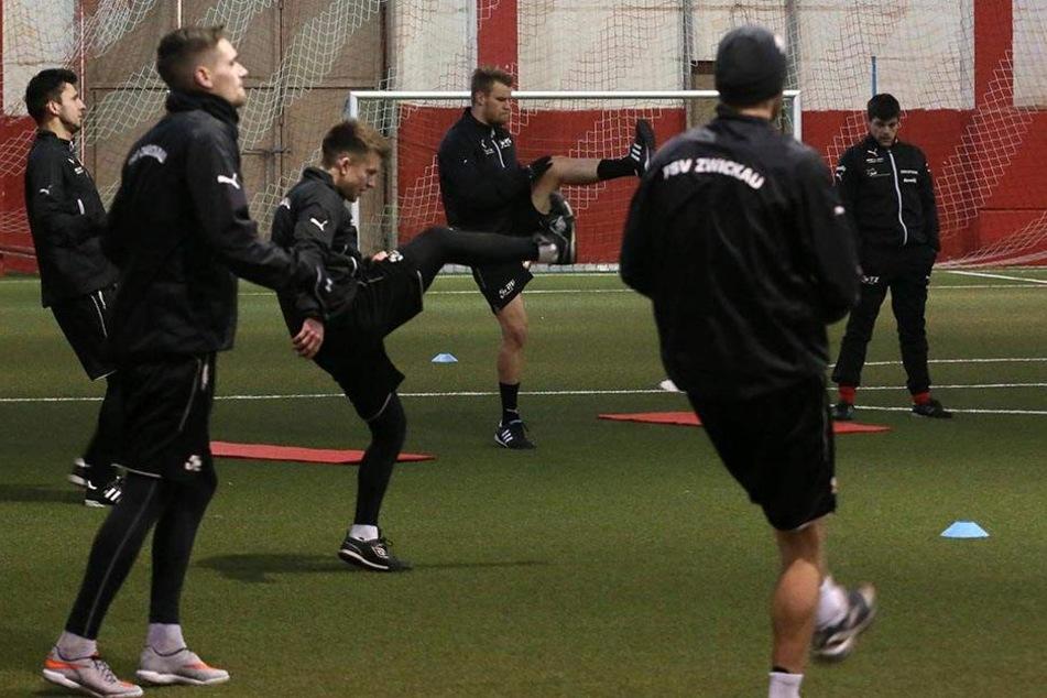 Die FSV-Spieler werden im Winter daheim trainieren - und deshalb reichlich in der Halle.